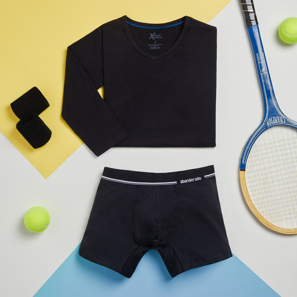 look sport camiseta negra